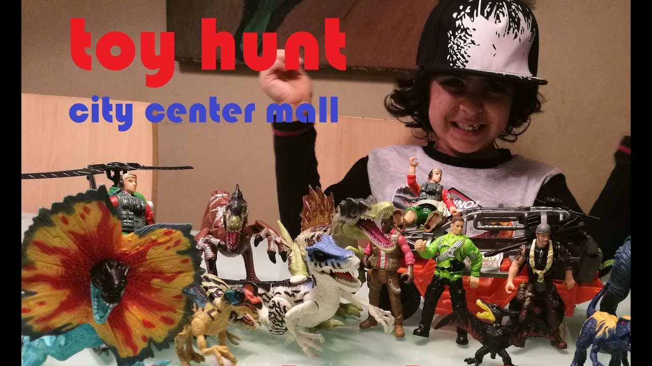 toy hunt at city center mall BAHRAIN